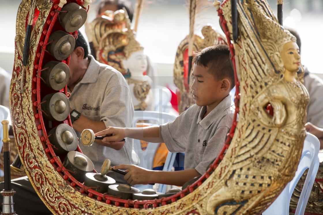 ดนตรีพื้นบ้าน เอกลักษณ์ไทยที่ควรส่งเสริม